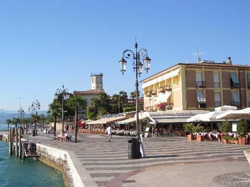 Bardolino Riviera del Garda Veneto Veneto - Locali d'Autore