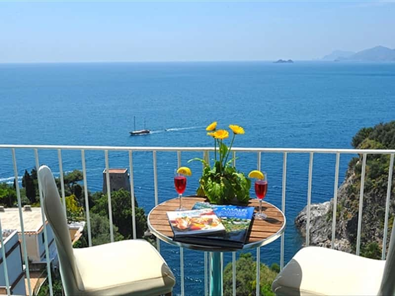 Hotel villa bellavista amalfi coast hotels accommodation for Bed and breakfast amalfi coast