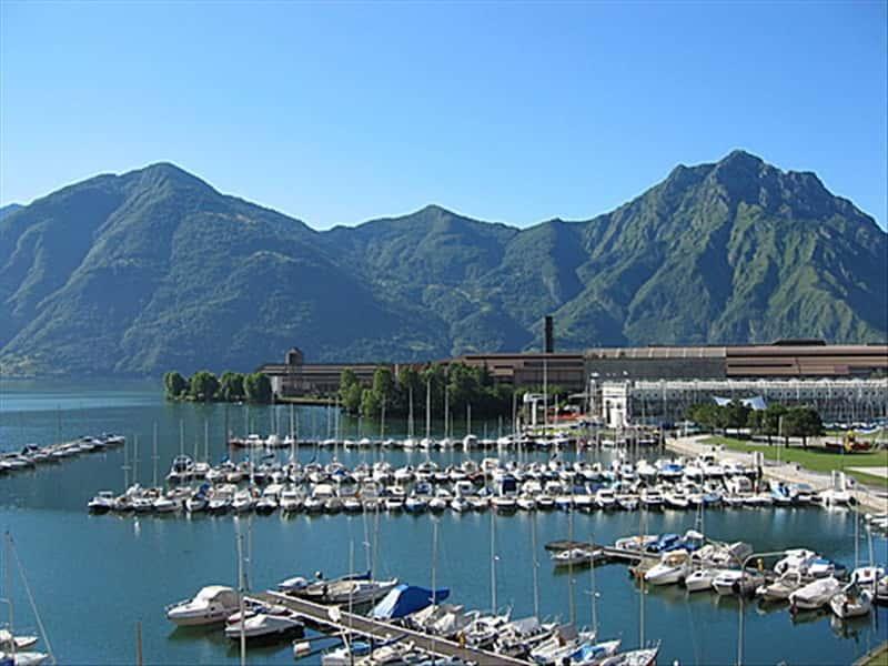 Lovere Lago D U0026 39 Iseo  Val Camonica E Franciacorta Lombardia